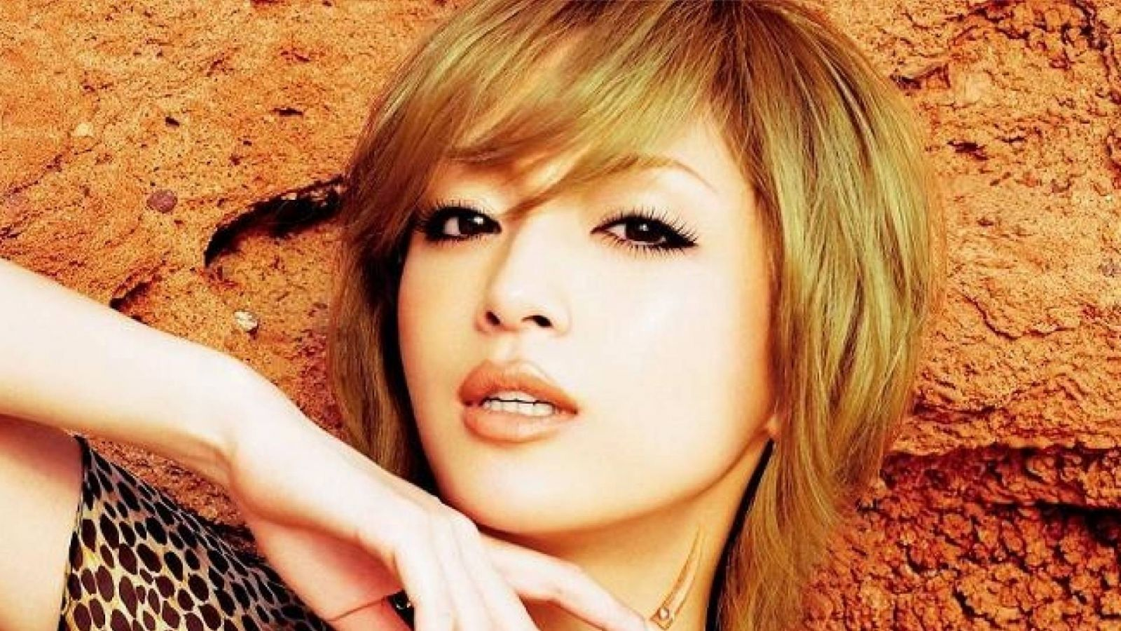 Ayumi Hamasaki Album © Avex Entertainment Inc.