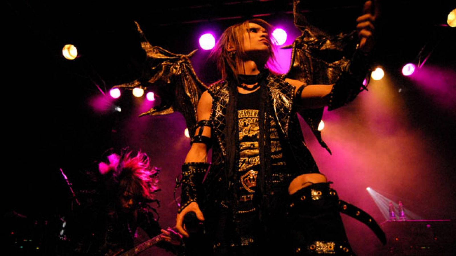 Interview with Dio - distraught overlord © JaME
