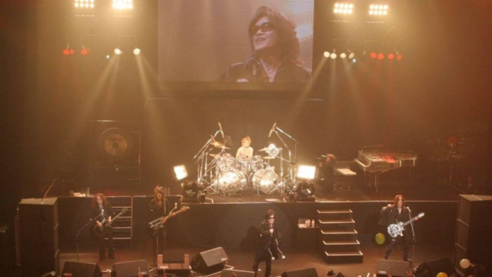 X JAPAN - Countdown-konsertti, Akasaka BLITZ, Tokio, Japani © X JAPAN