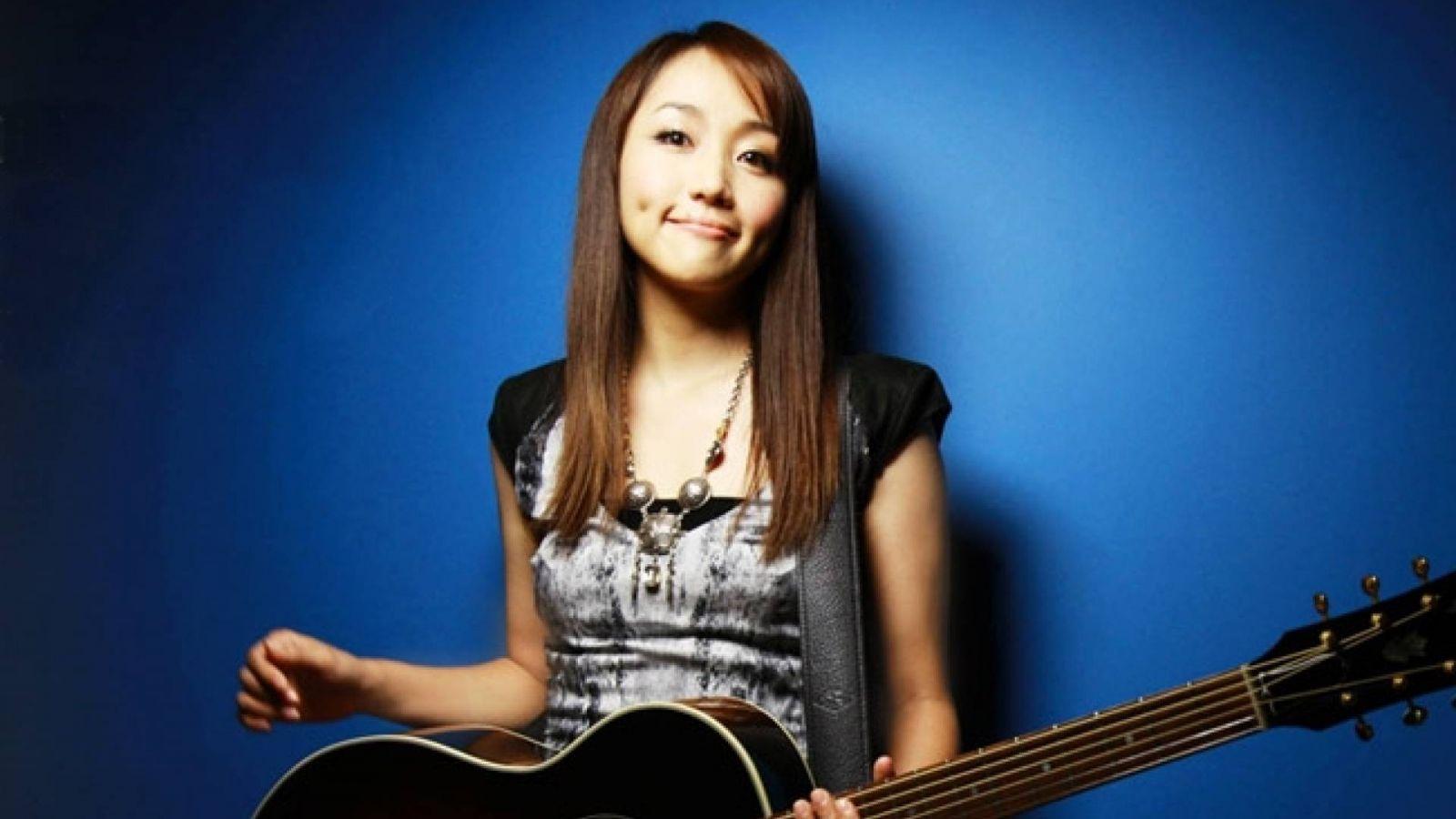 Yaida Hitomi © Avex Entertainment Inc.