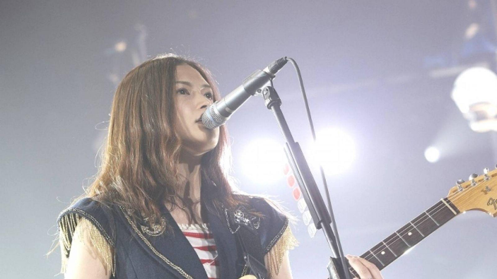 Интернет-магазин YUI © Sony Music Entertainment (Japan) Inc