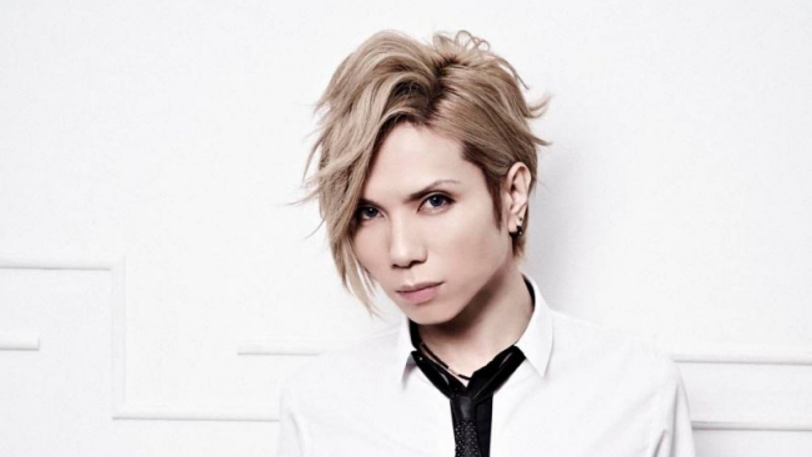 Поздравляем с праздниками: acid black cherry © Avex Entertainment Inc. / Up-rise Inc.