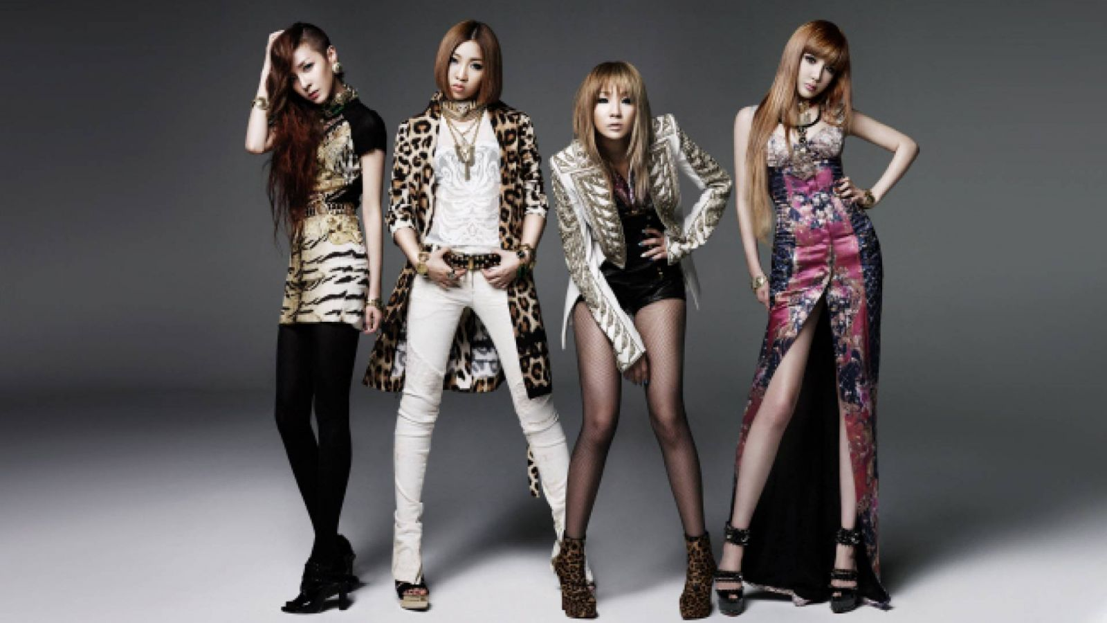 2NE1 Returns © YG Entertainment