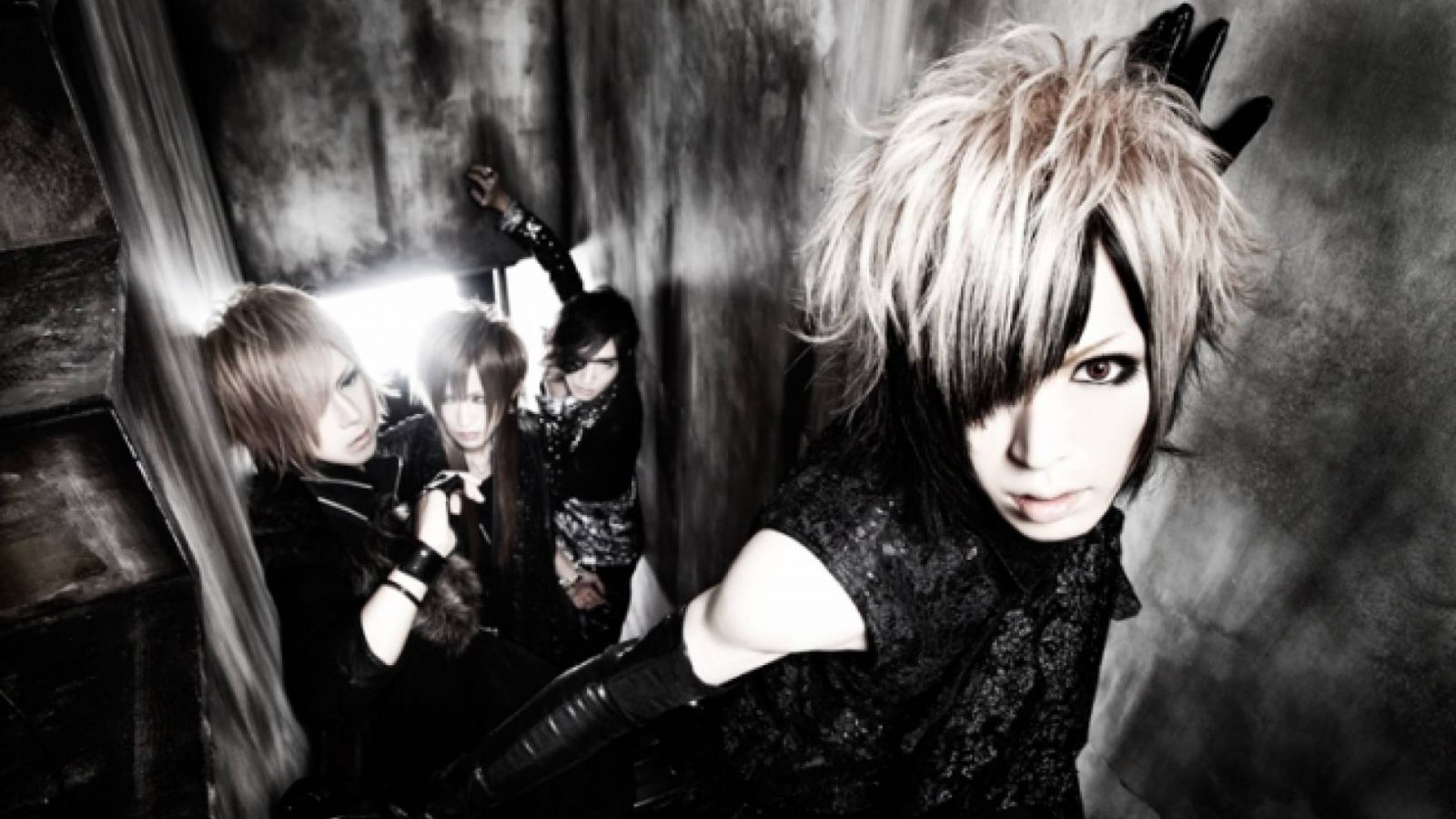 Two New Releases from DIAURA © Ains
