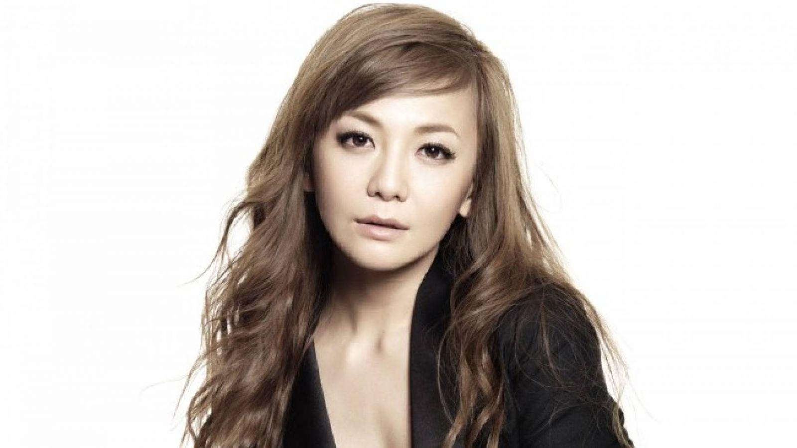Kahara Tomomi © Kahala Tomomi / Universal Music