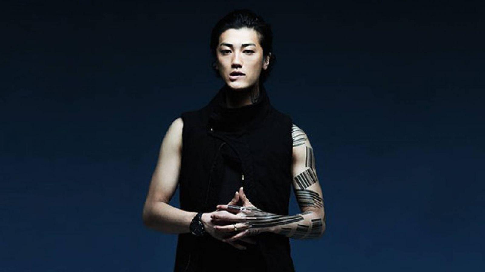 Novo EP de Jin Akanishi © Jin Akanishi All Rights Reserved.