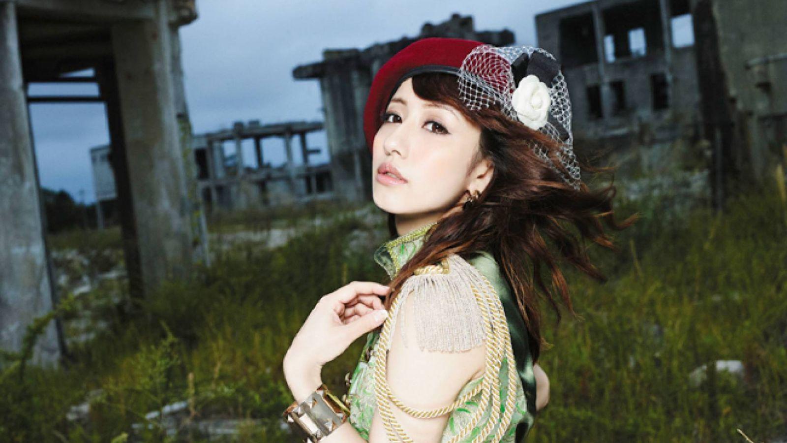 Novo single de Tamaki Nami © 2014 Warner Bros. Entertainment Inc. All right reserved.