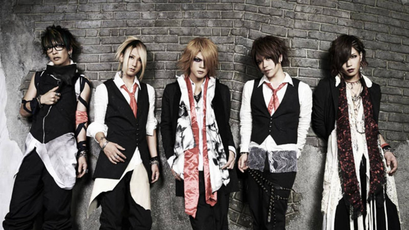 Holiday Special: Interview and Fan Q&A with vistlip © vistlip