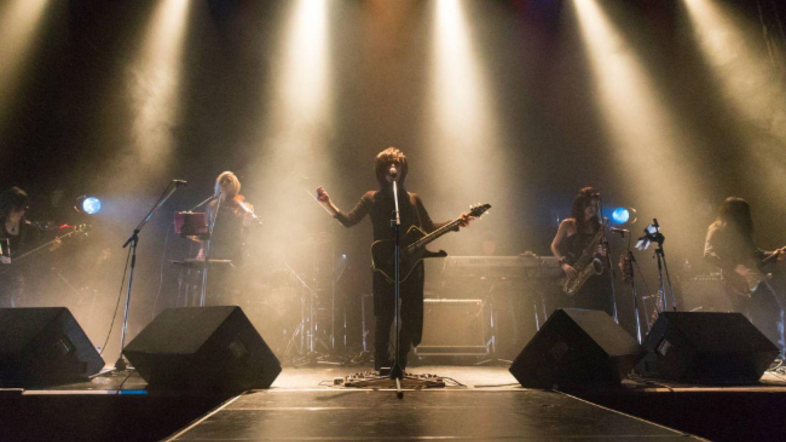 "MORRIE провел финал тура ""REVERIES"" в Tokyo Kinema Club © MORRIE, Koichi Oshima"