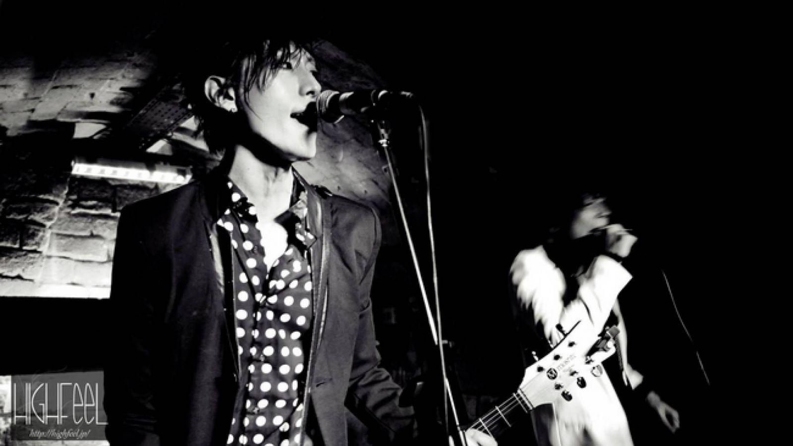 Live report ADAMS au Klub de Paris © Olga Kolisoglou