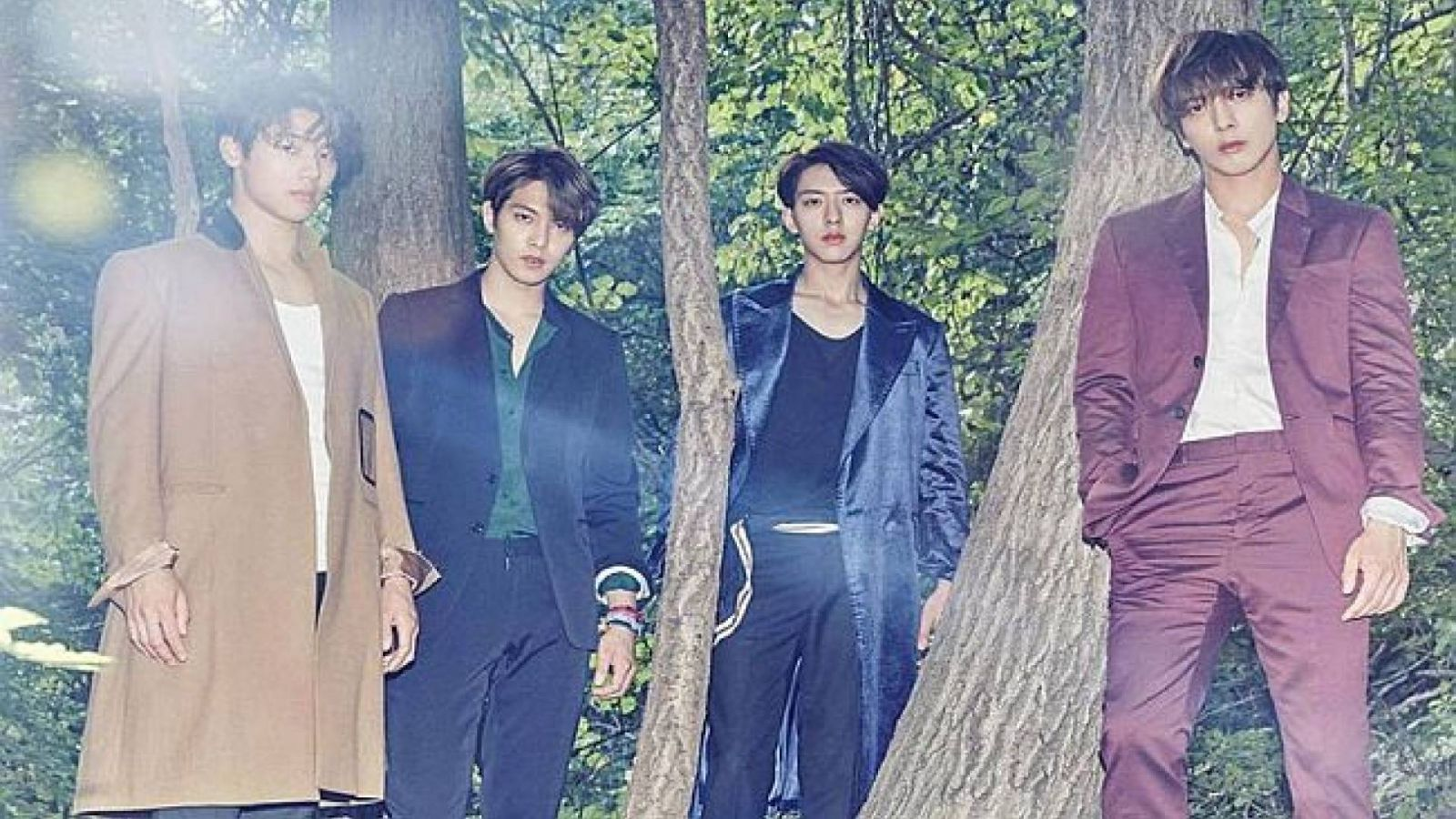 CNBLUE © CNBLUE Official Facebook page
