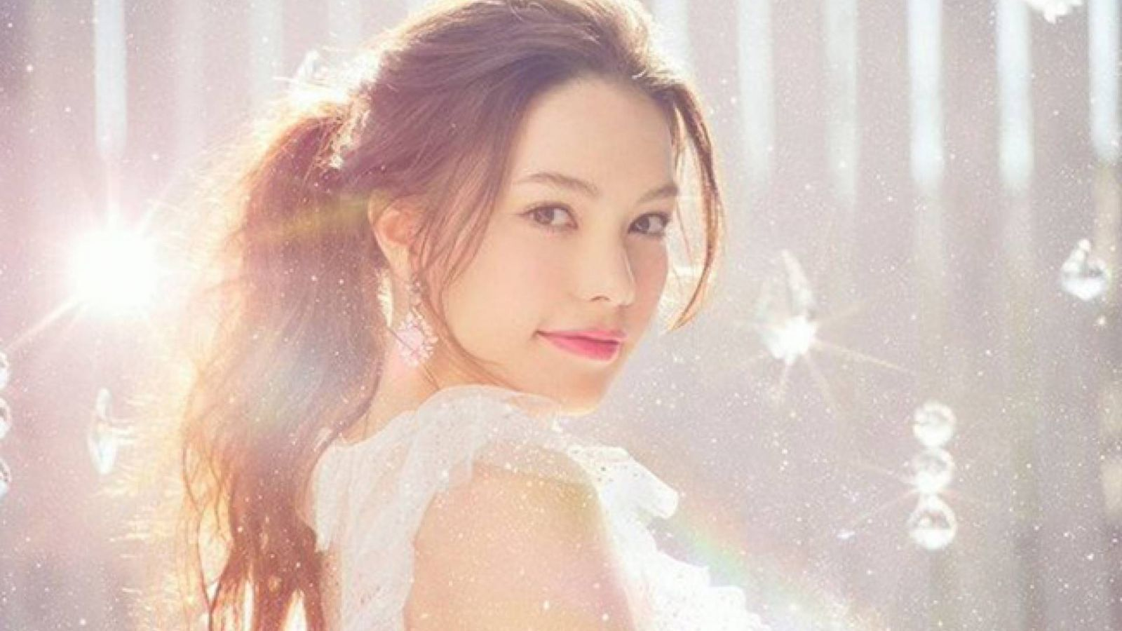 Nuevo single de Rei Yasuda © Sony Music Labels, Inc. All Rights Reserved