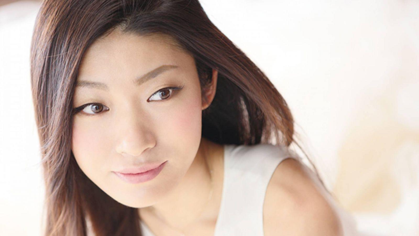 Mayuko © Mayuko. Shuichi Tsunoda. All Rights Reserved.