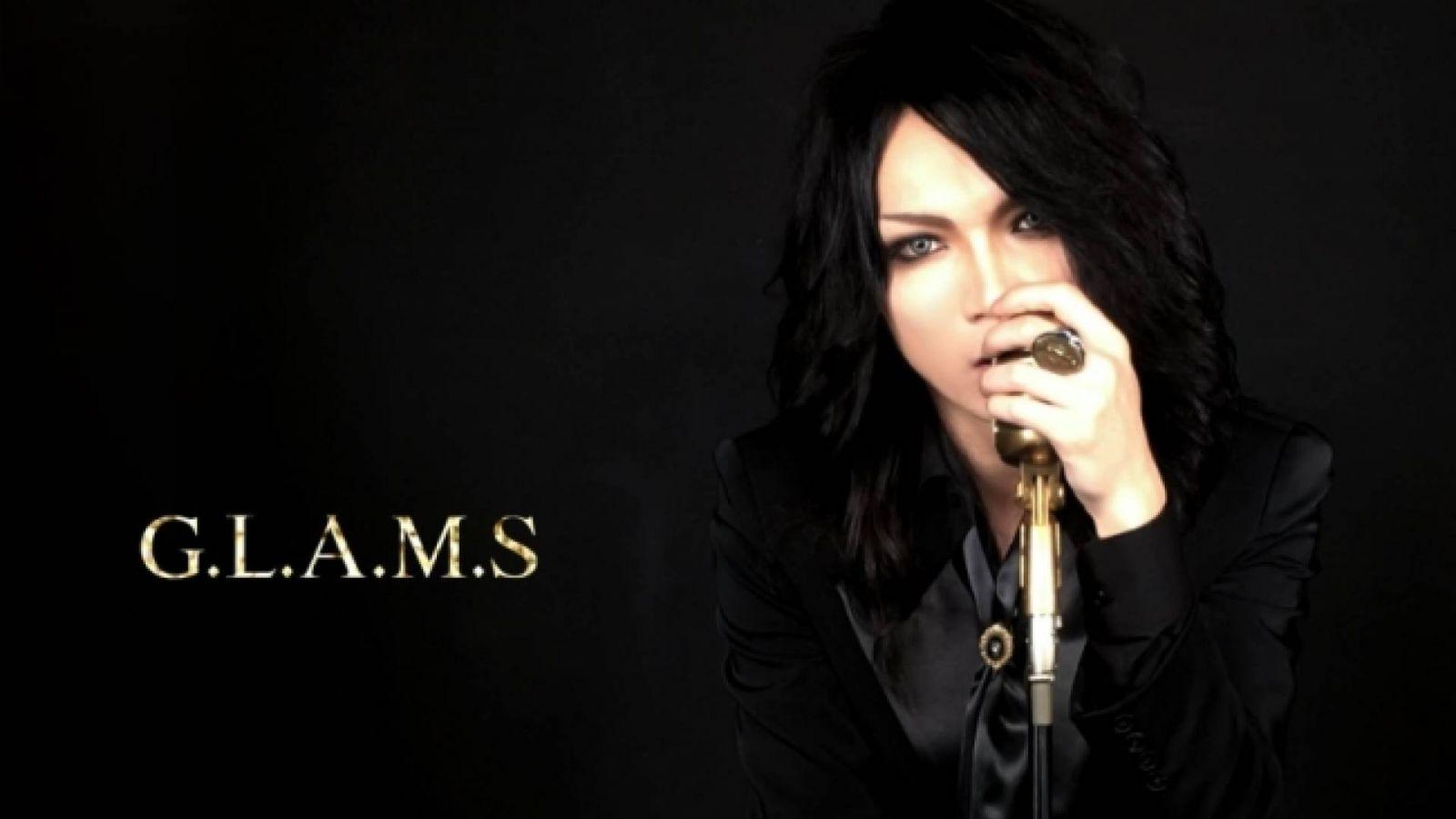 G.L.A.M.S. © Mikaru - G.L.A.M.S