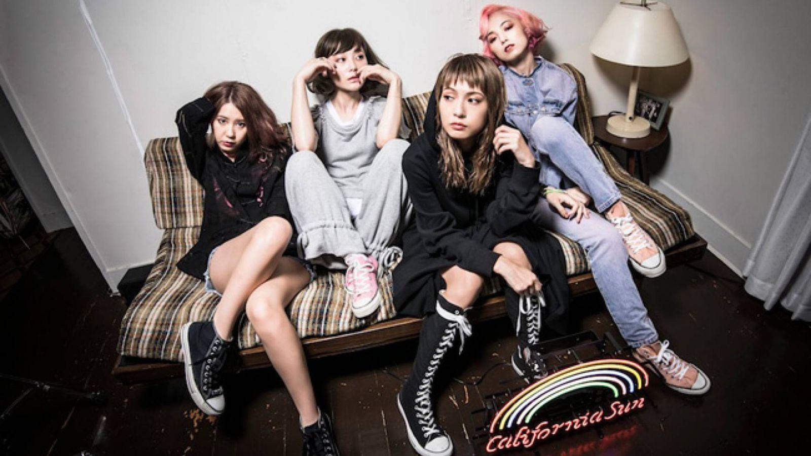 SCANDALilta uusi täyspitkä albumi Honey © Epic Records Japan