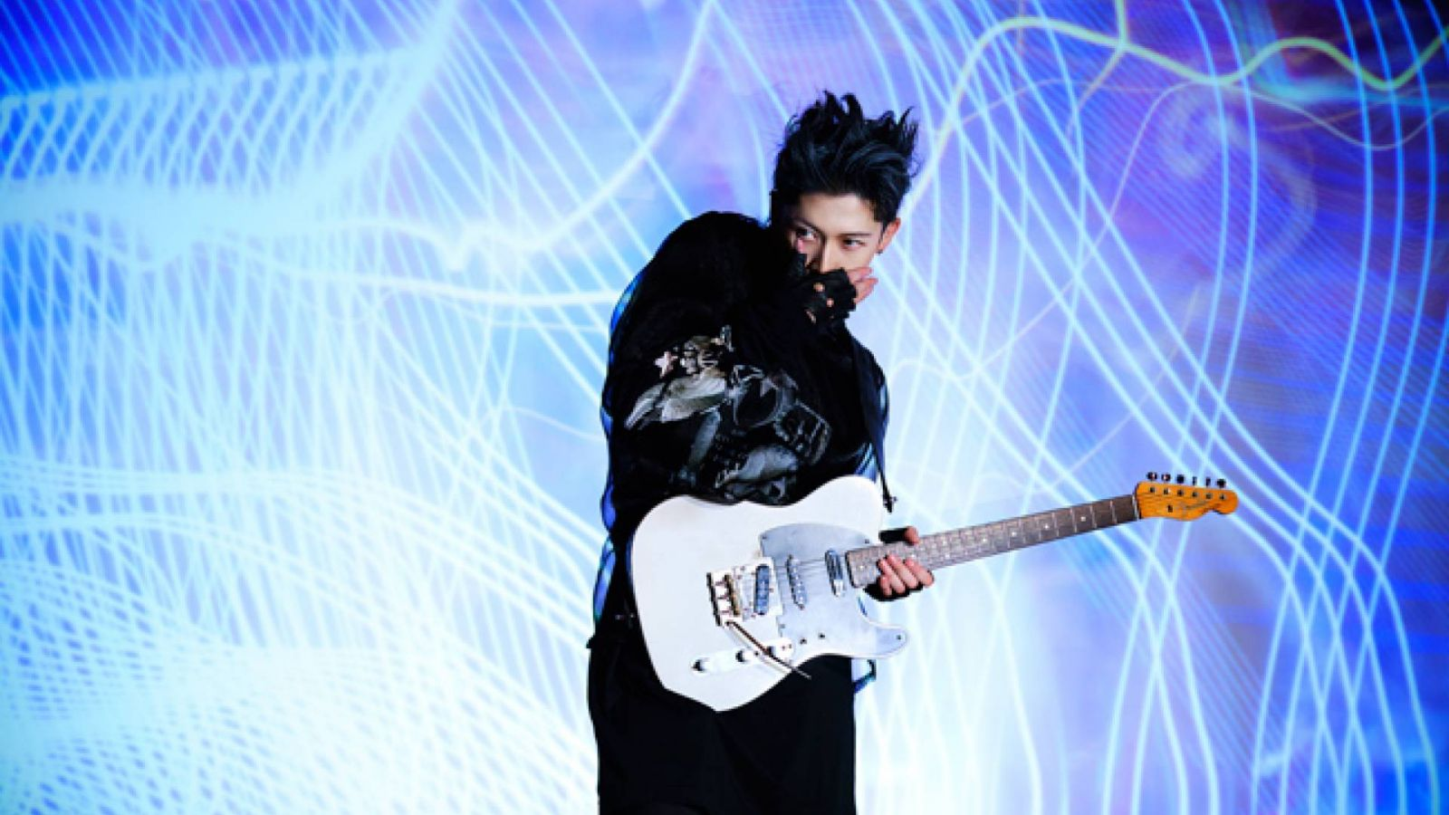 New Album from MIYAVI © MIYAVI