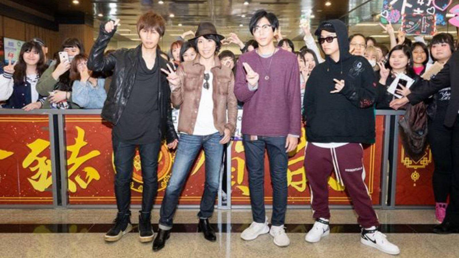 SID亞洲巡迴演唱會開幕,歌迷蜂擁至台灣機場 © SID