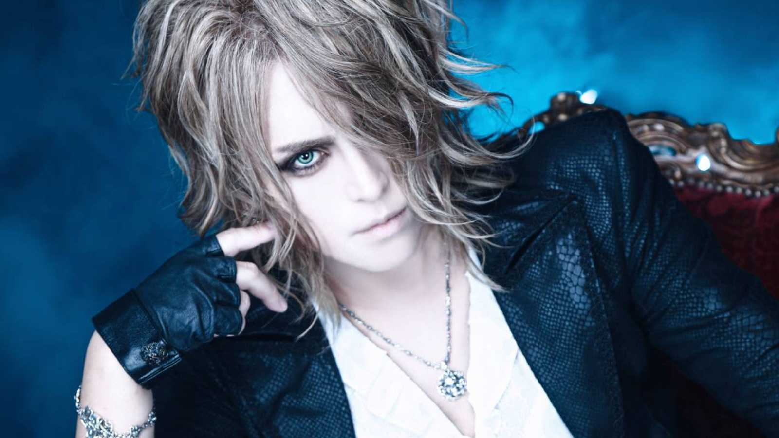Entrevista con Kamijo © CHATEAU AGENCY CO., Ltd. All rights reserved.