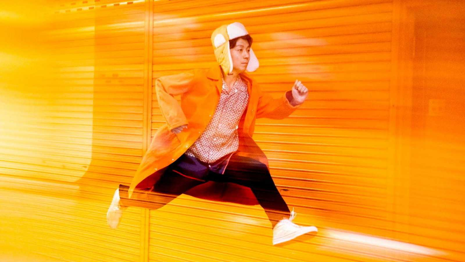 Kenmochi Hidefumi - FOOTWORK © Kenmochi Hidefumi. All Rights Reserved.