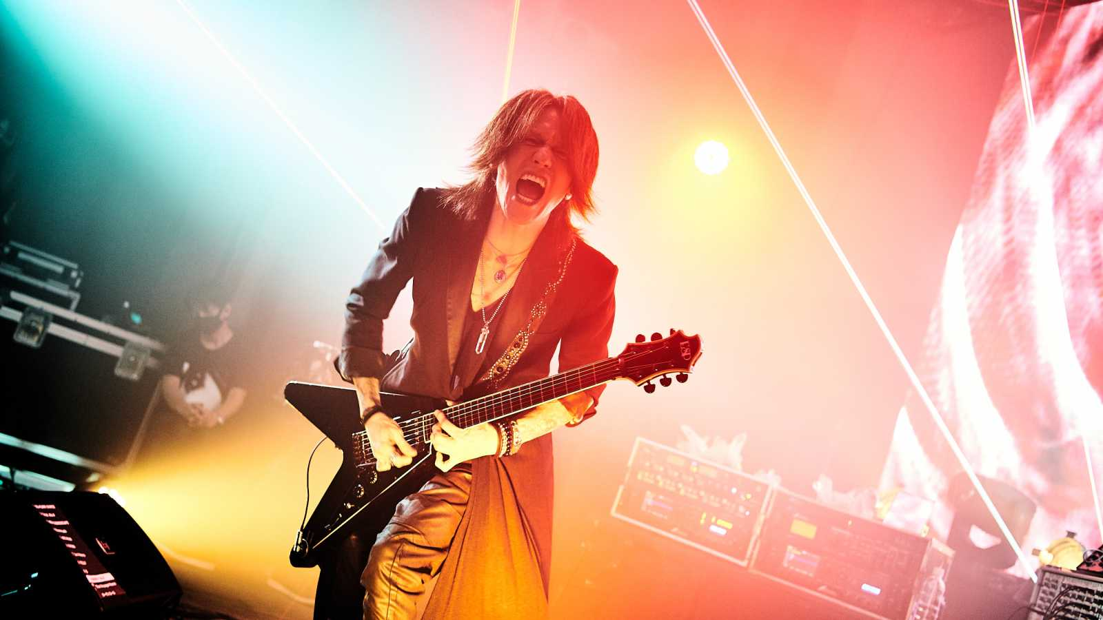 SUGIZO presenta en vivo desde Tokio: EPISODE I ~RE-ECHO TO COSMIC DANCE~