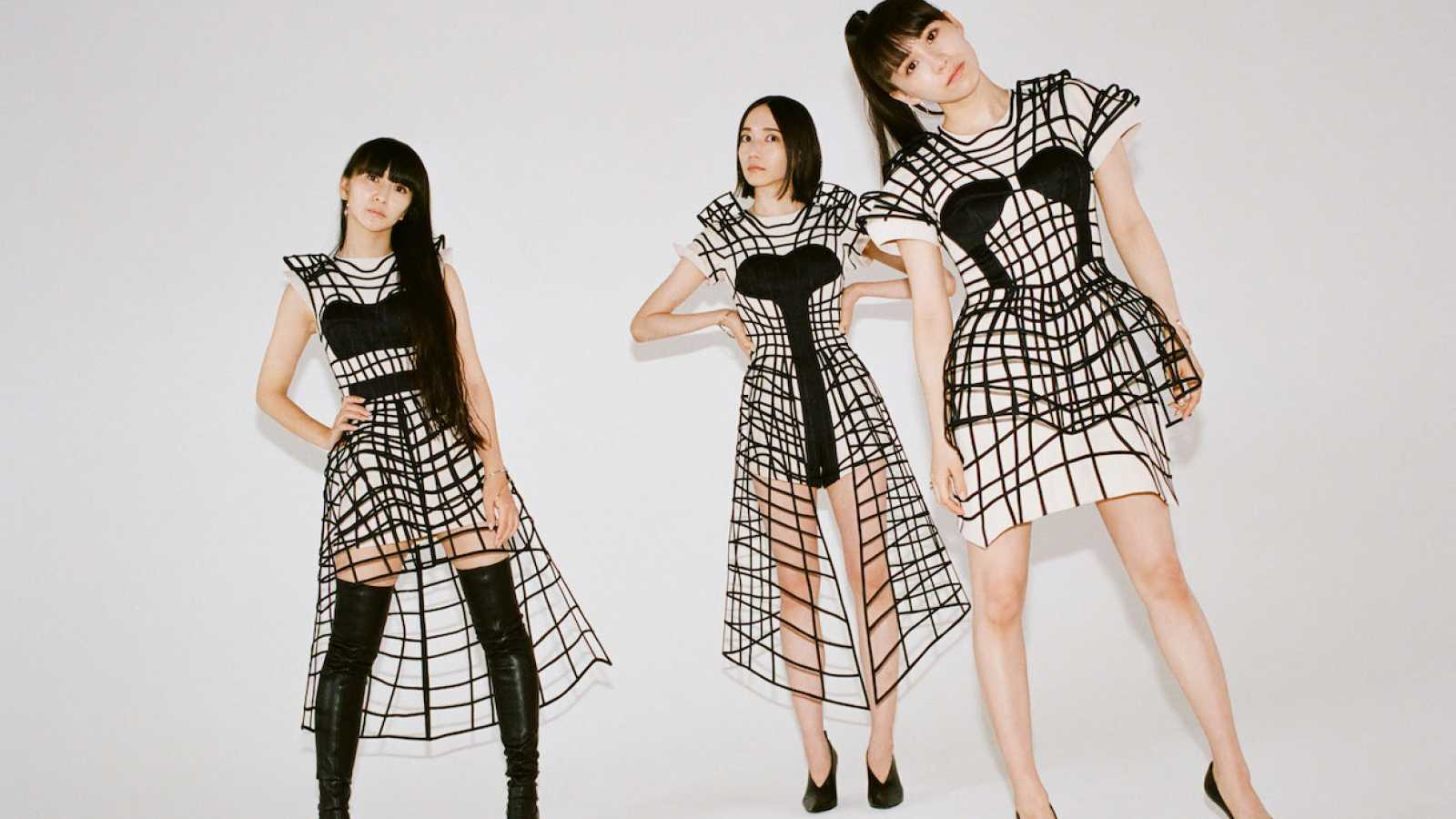 """Perfume Reveal """"Polygon Wave"""" Music Video © Perfume. All rights reserved."""