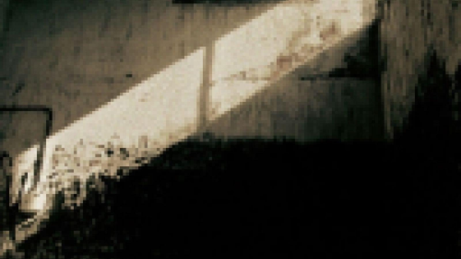 Resenha do STACKED RUBBISH, do The GazettE © JaME